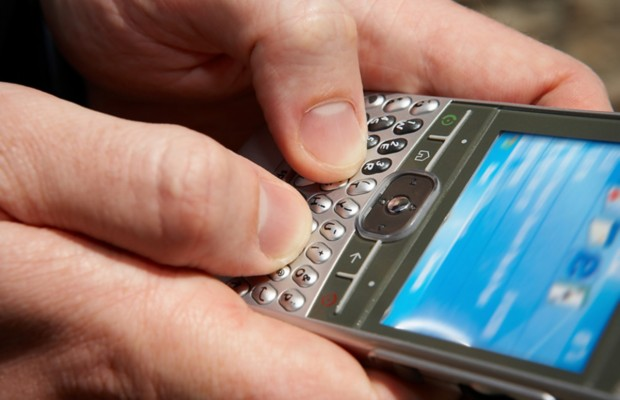 According to a recent survey, where's the number 1 place we lose our 11cell phone?